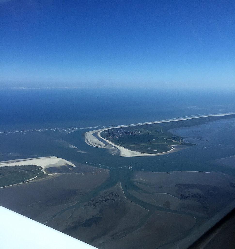 Rundflug über die Nordsee und den ostfriesischen Inseln