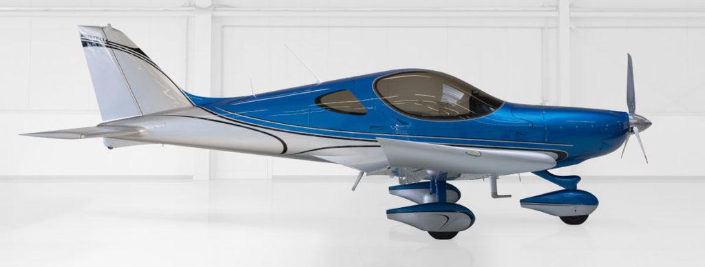 Ultraleichtflugzeug Bristell - blau/silber